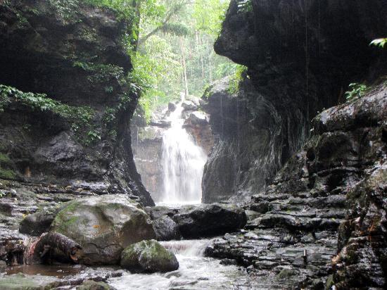 hidden-valley-springs
